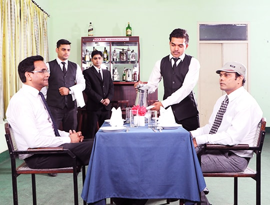 best hotel management college in Lucknow
